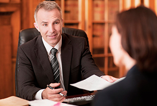 Нужен ли адвокат и юрист при банкротстве физических лиц?'